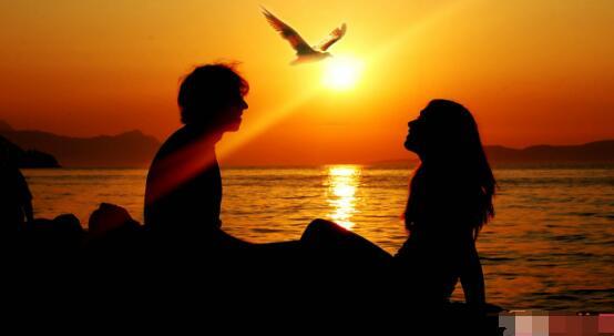 最感人的祝福爱情句子 祝福最爱的人幸福的话